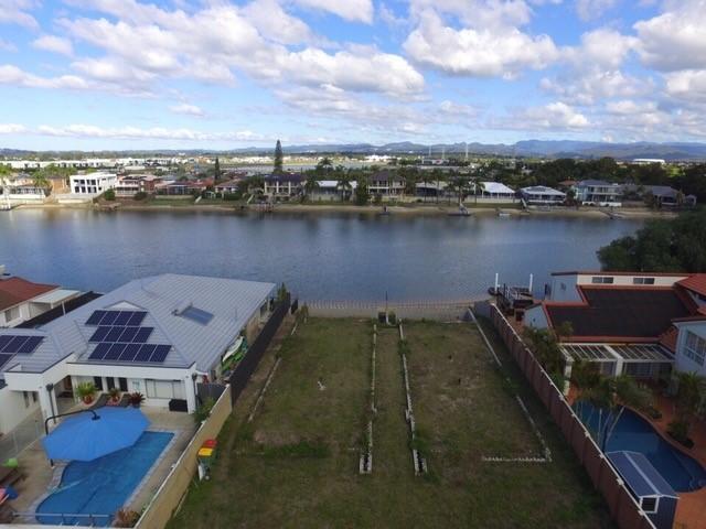 11 Yunga Court Broadbeach Waters QLD 4218