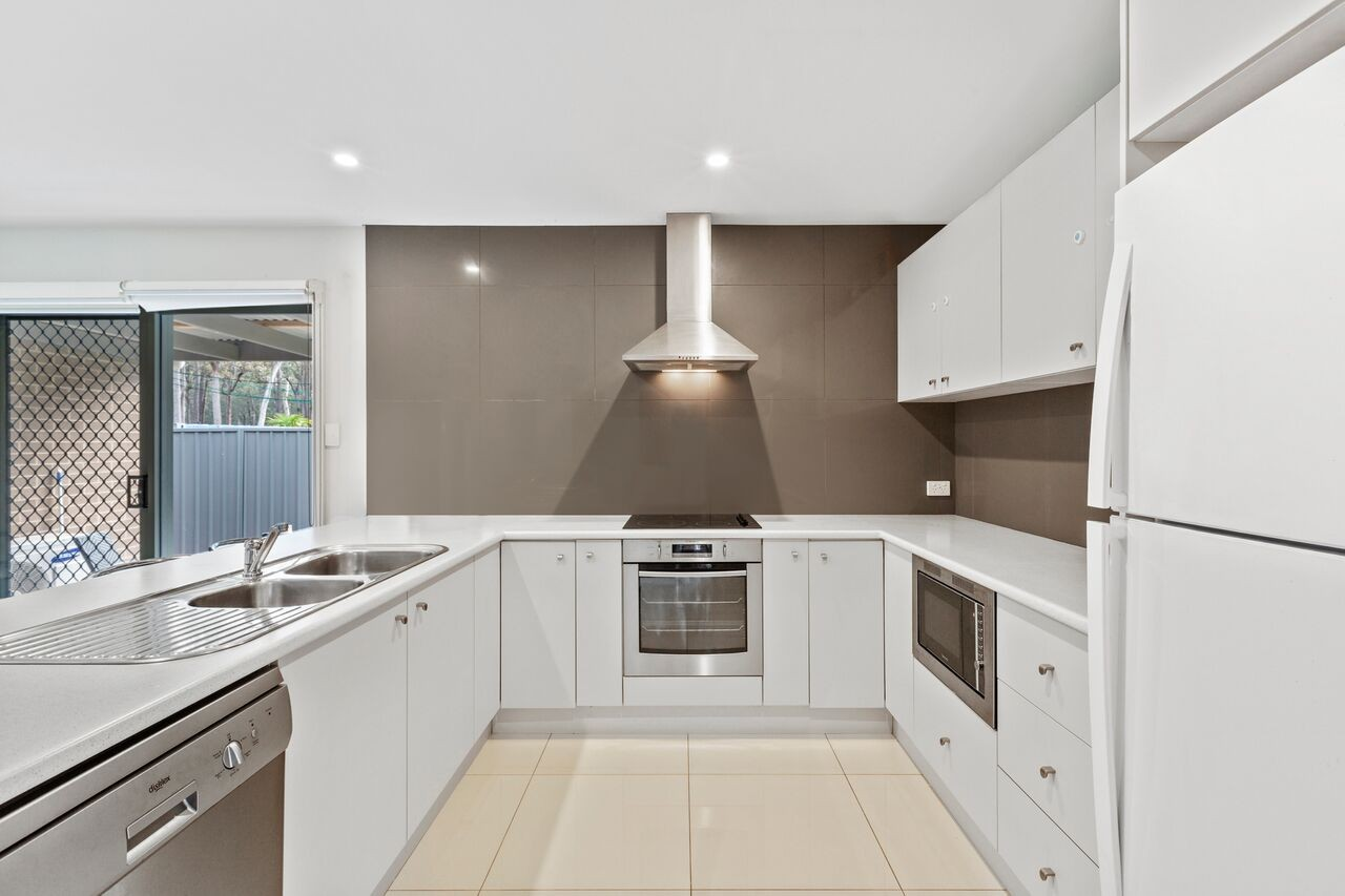 Property For Sold 8 Alfresco Way Balcolyn NSW 2264 3