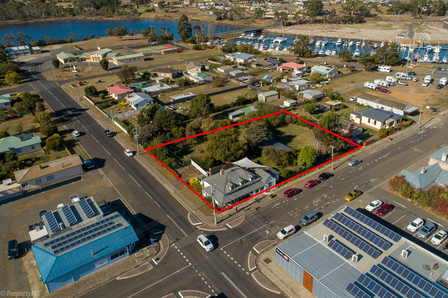 Private Commercial For Sale 26 Vicary Street Triabunna TAS 7190 4