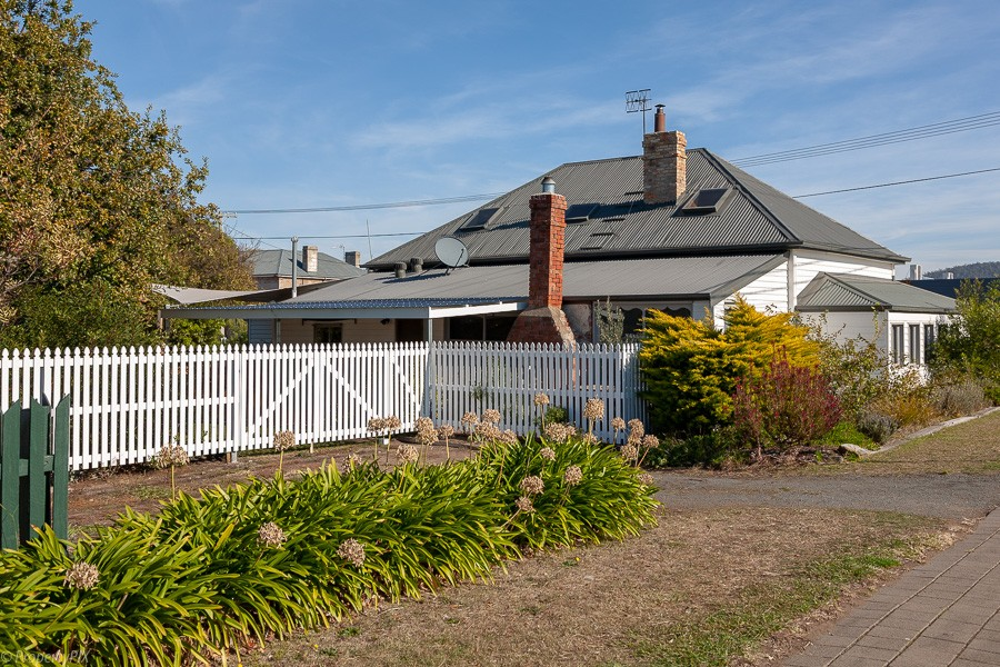 Private Commercial For Sale 26 Vicary Street Triabunna TAS 7190 33