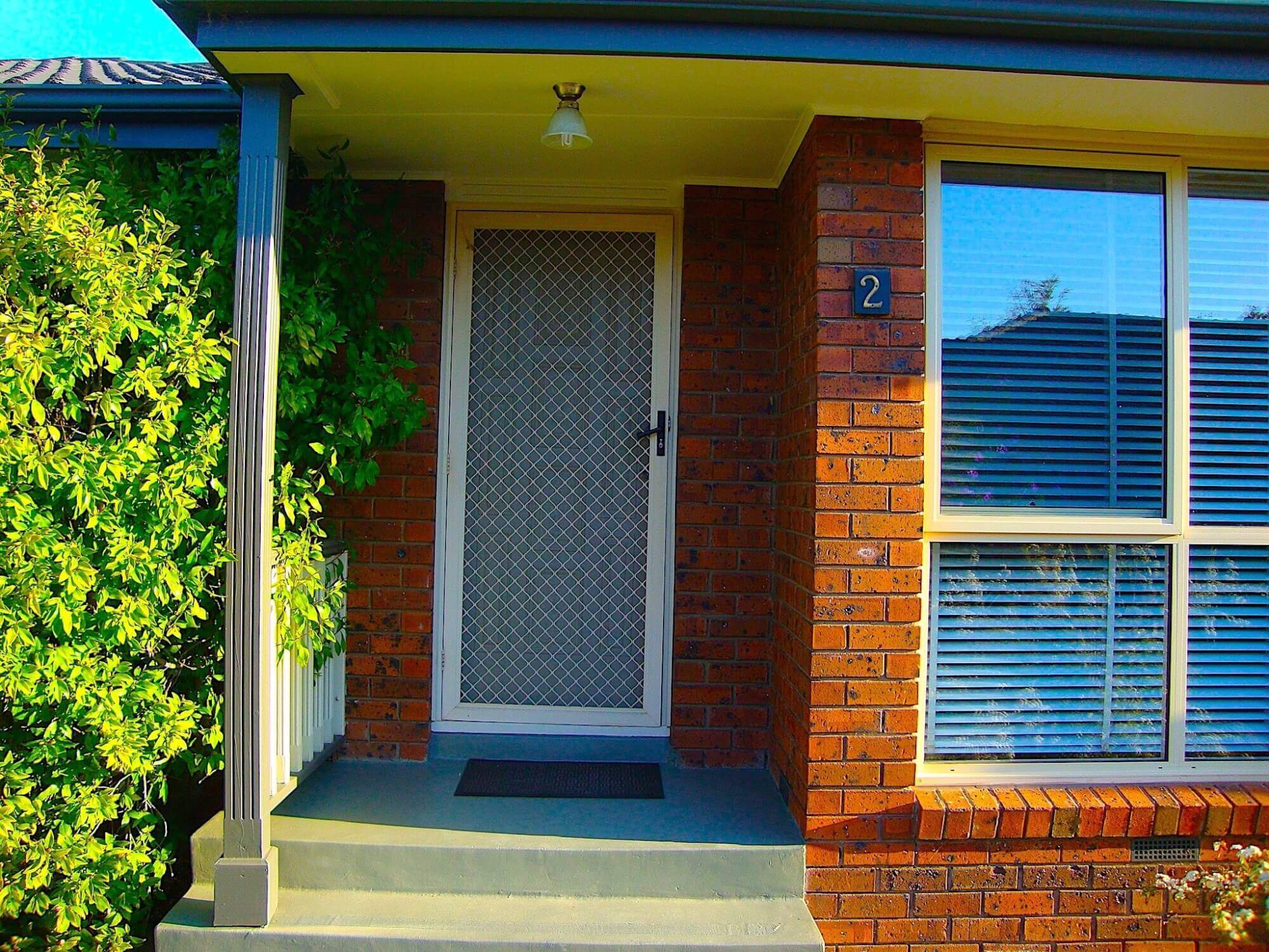 Property For Rent 2/18 Golf Links Avenue Oakleigh VIC 3166 1