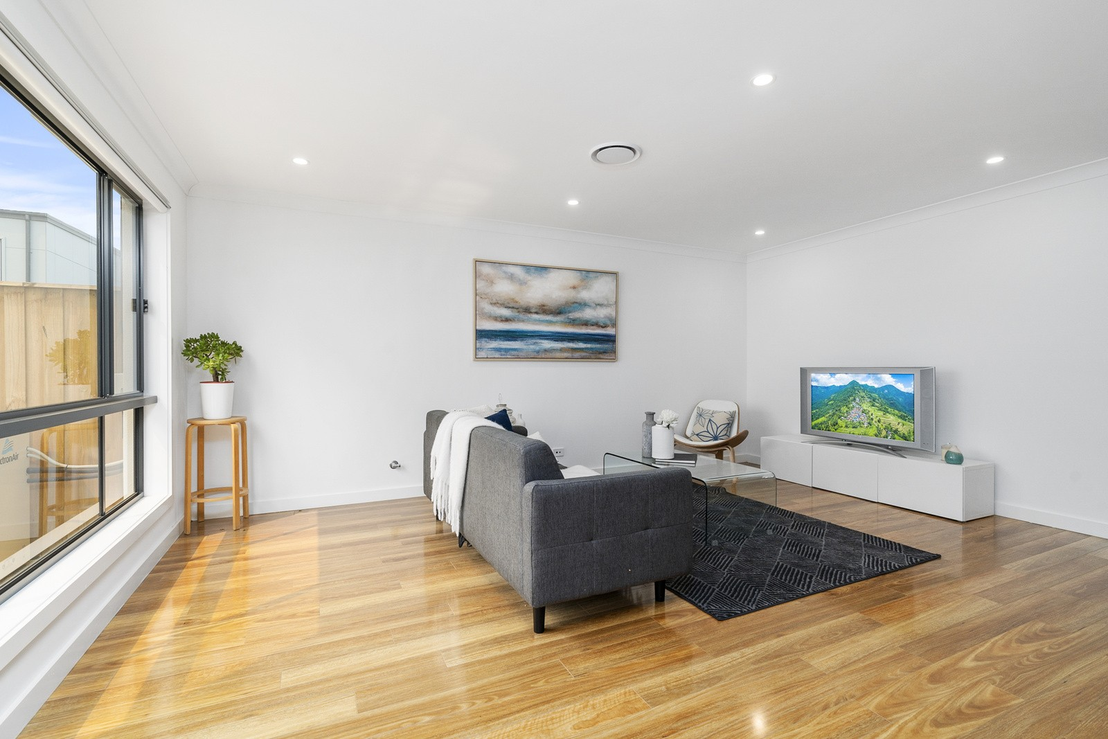 Property For Sale 56 Kingsdale Avenue Catherine Field NSW 2557 4