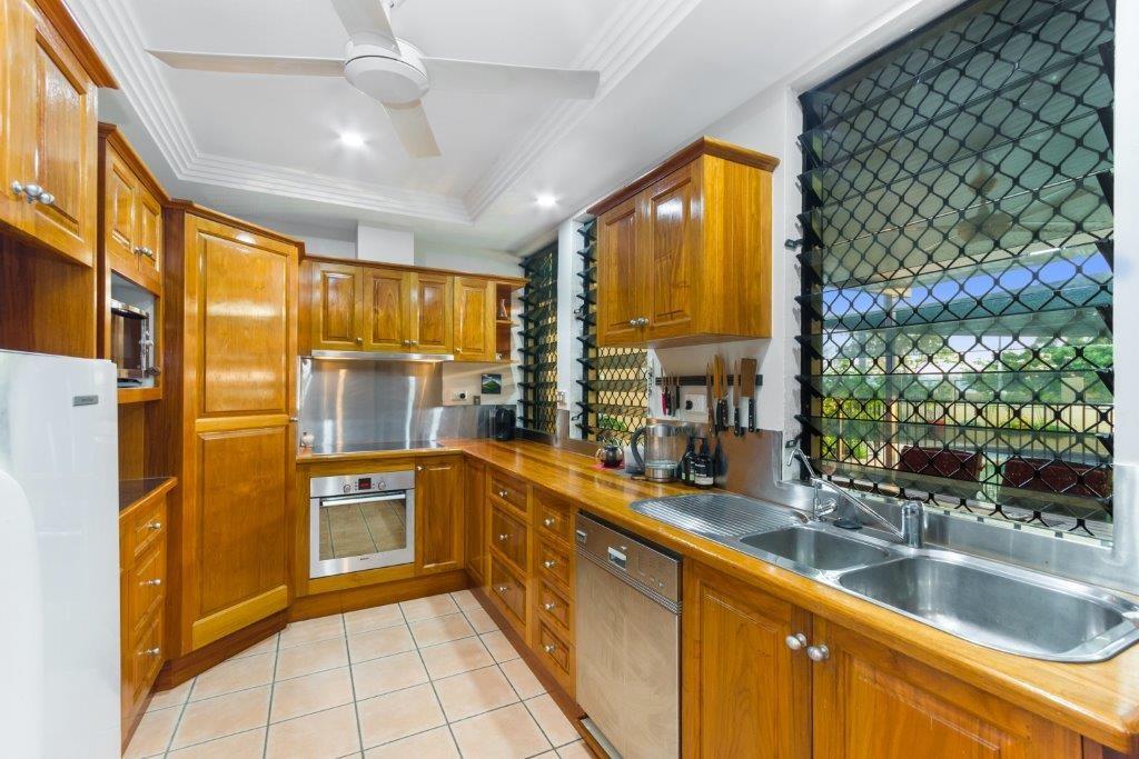 Property For Sale 63 The Esplanade Pallarenda QLD 4810 5
