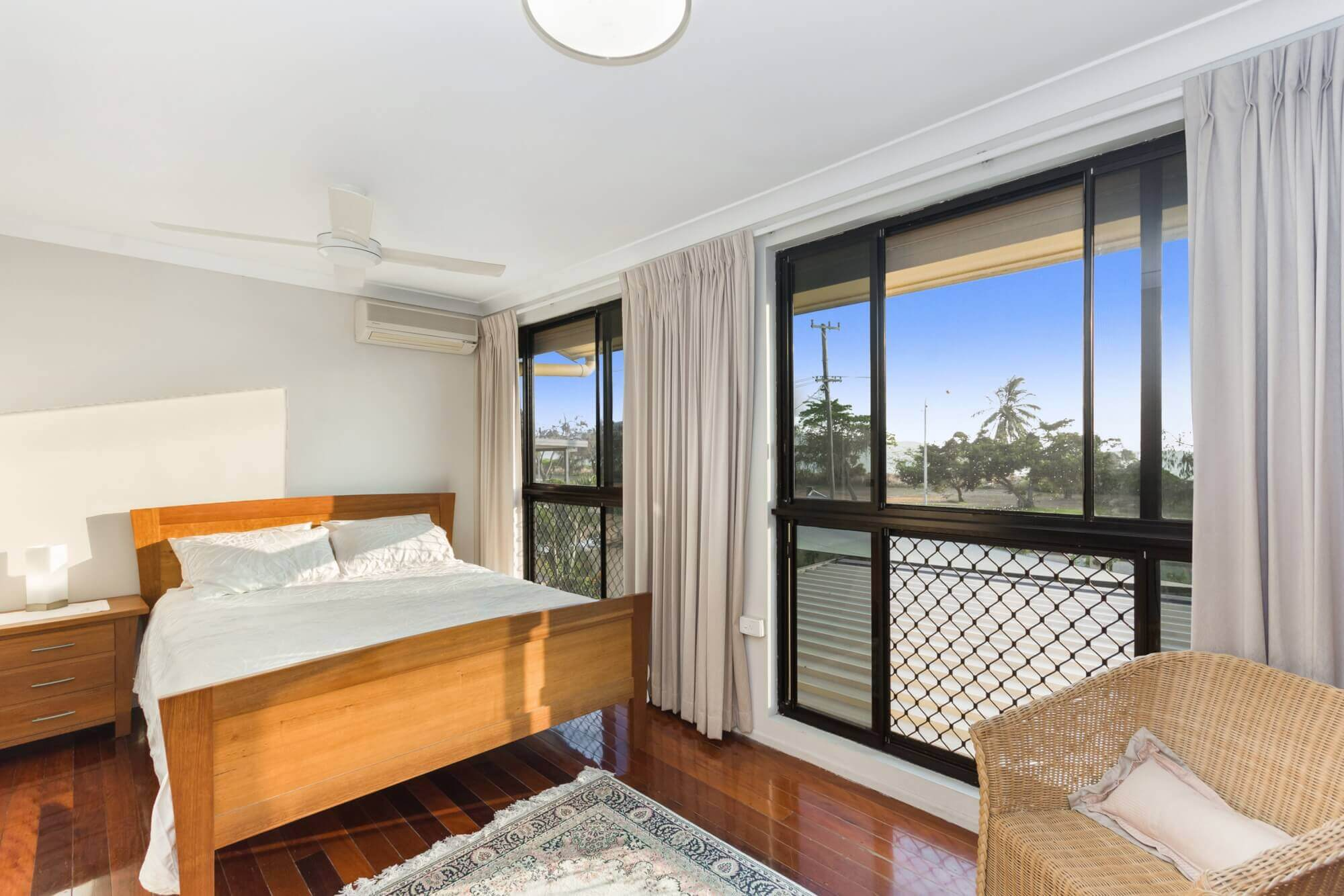 Property For Sale 63 The Esplanade Pallarenda QLD 4810 11