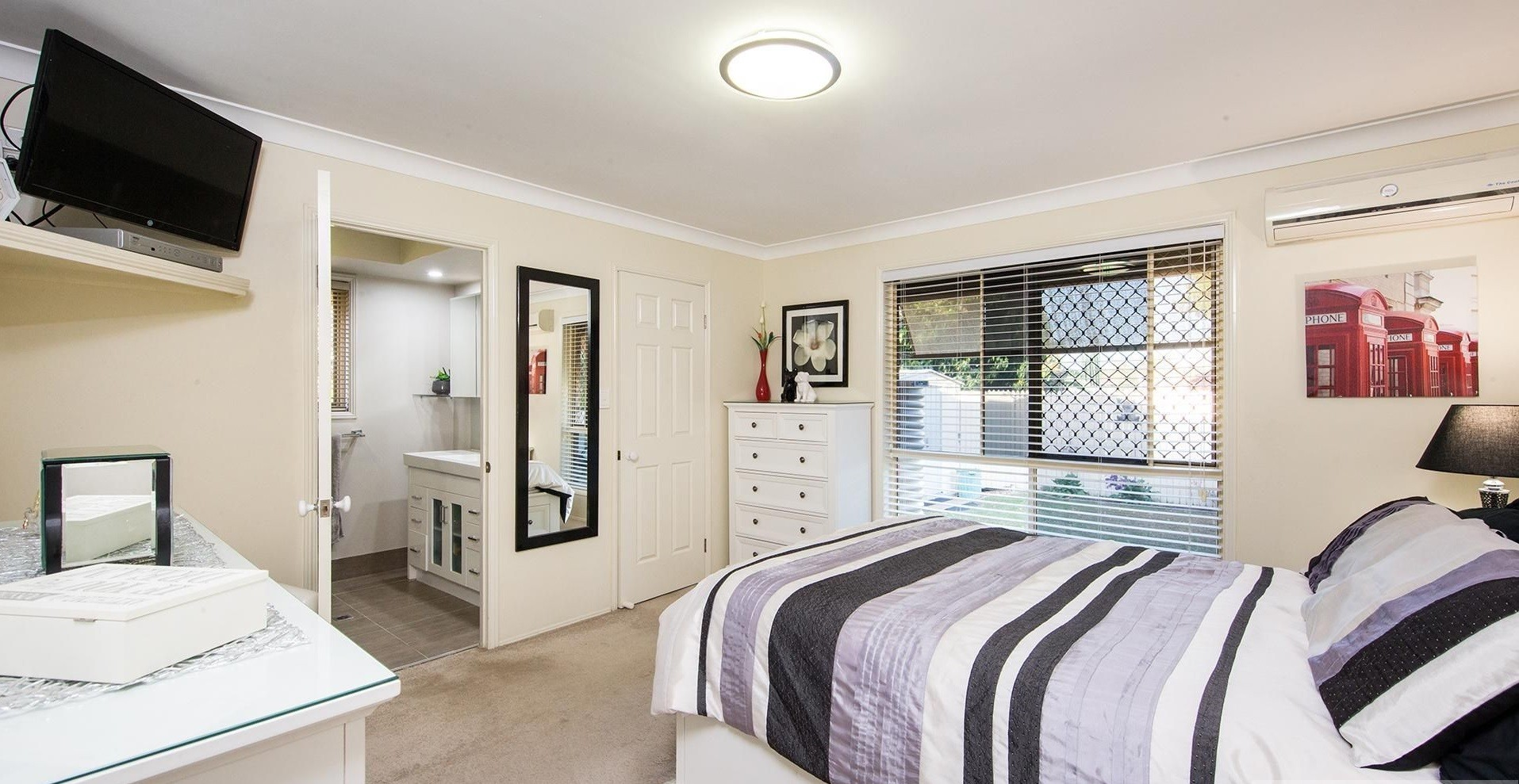 Property For Sale 32 Springfield Crescent Parkinson QLD 4115 9