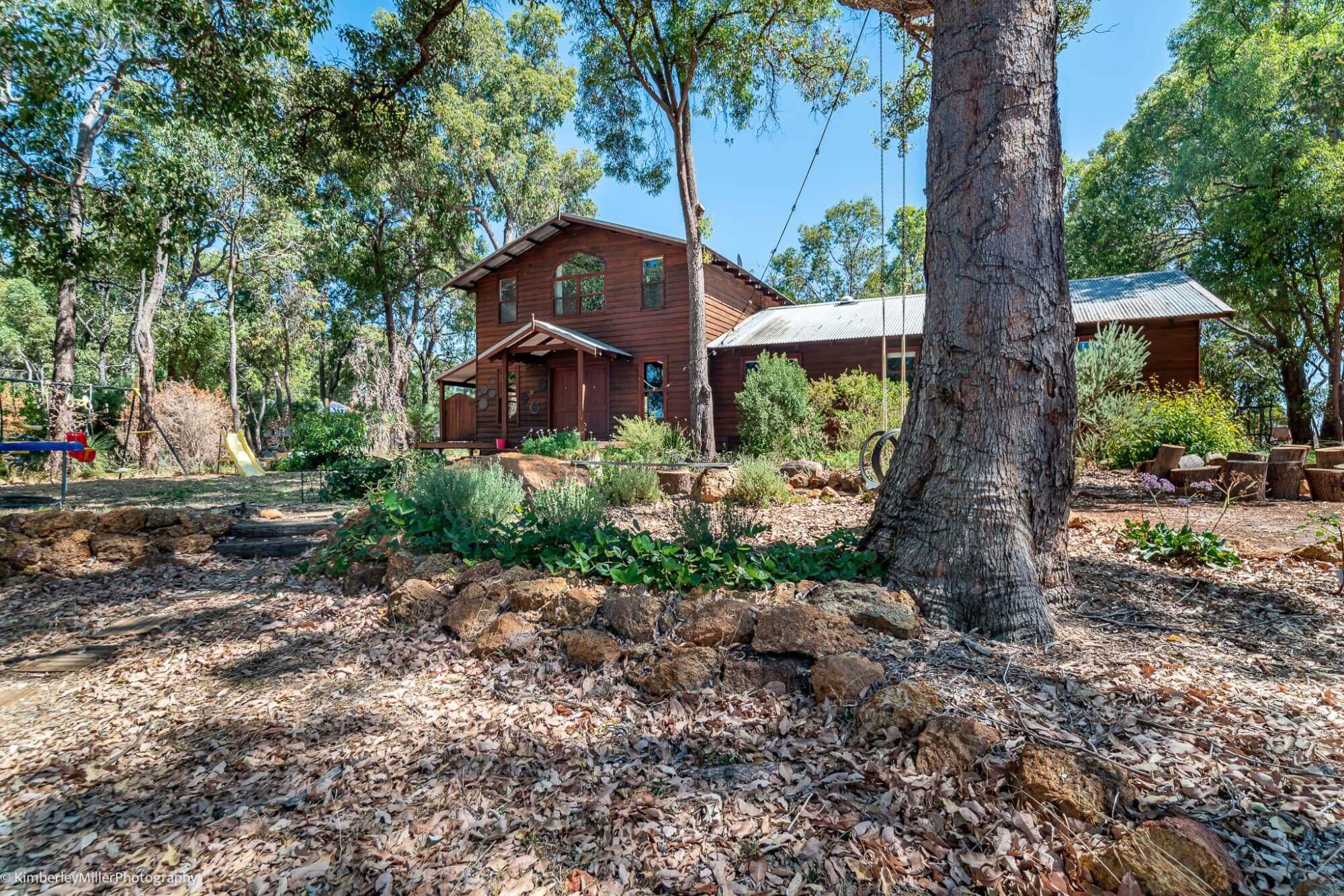 Property for sale 3 Baggins end Mundaring WA 6073