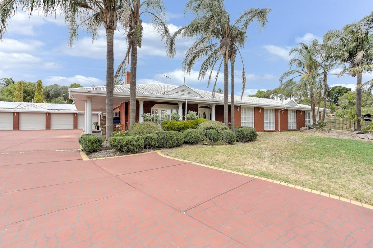 12 Dalinga Court Greenwith SA 5125