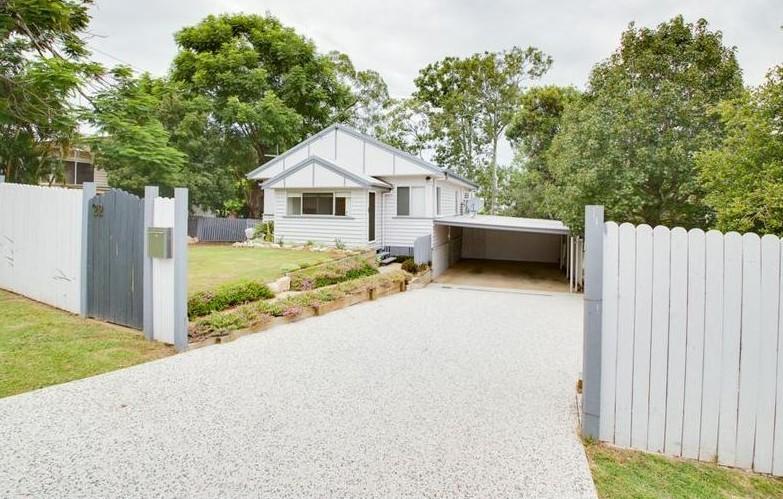 22 Boundary St Bundamba QLD 4304
