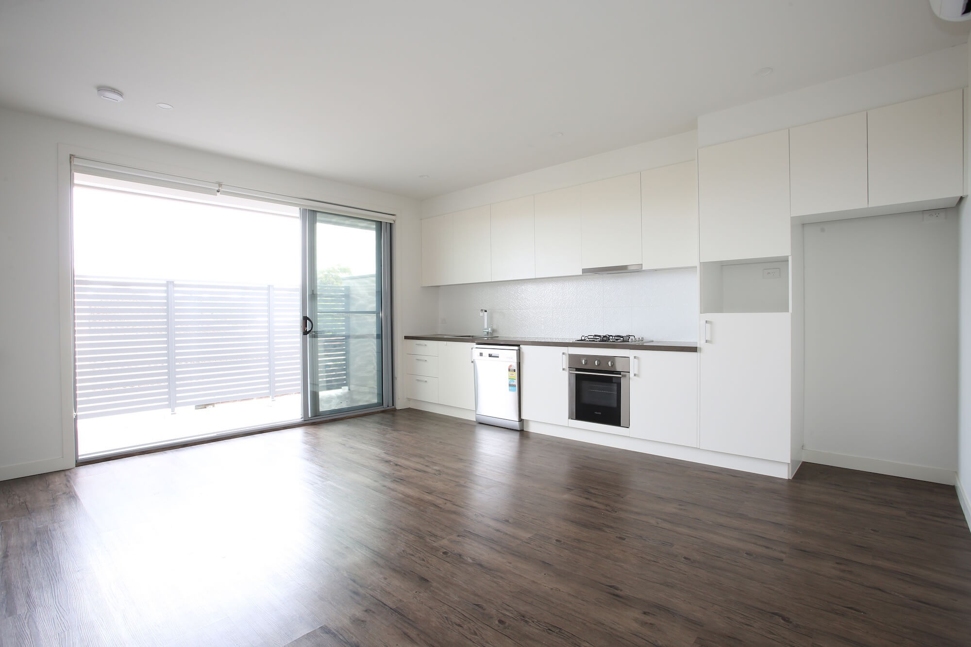 Property For Rent 2/7 Quinns Rd Bentleigh East VIC 3165 2