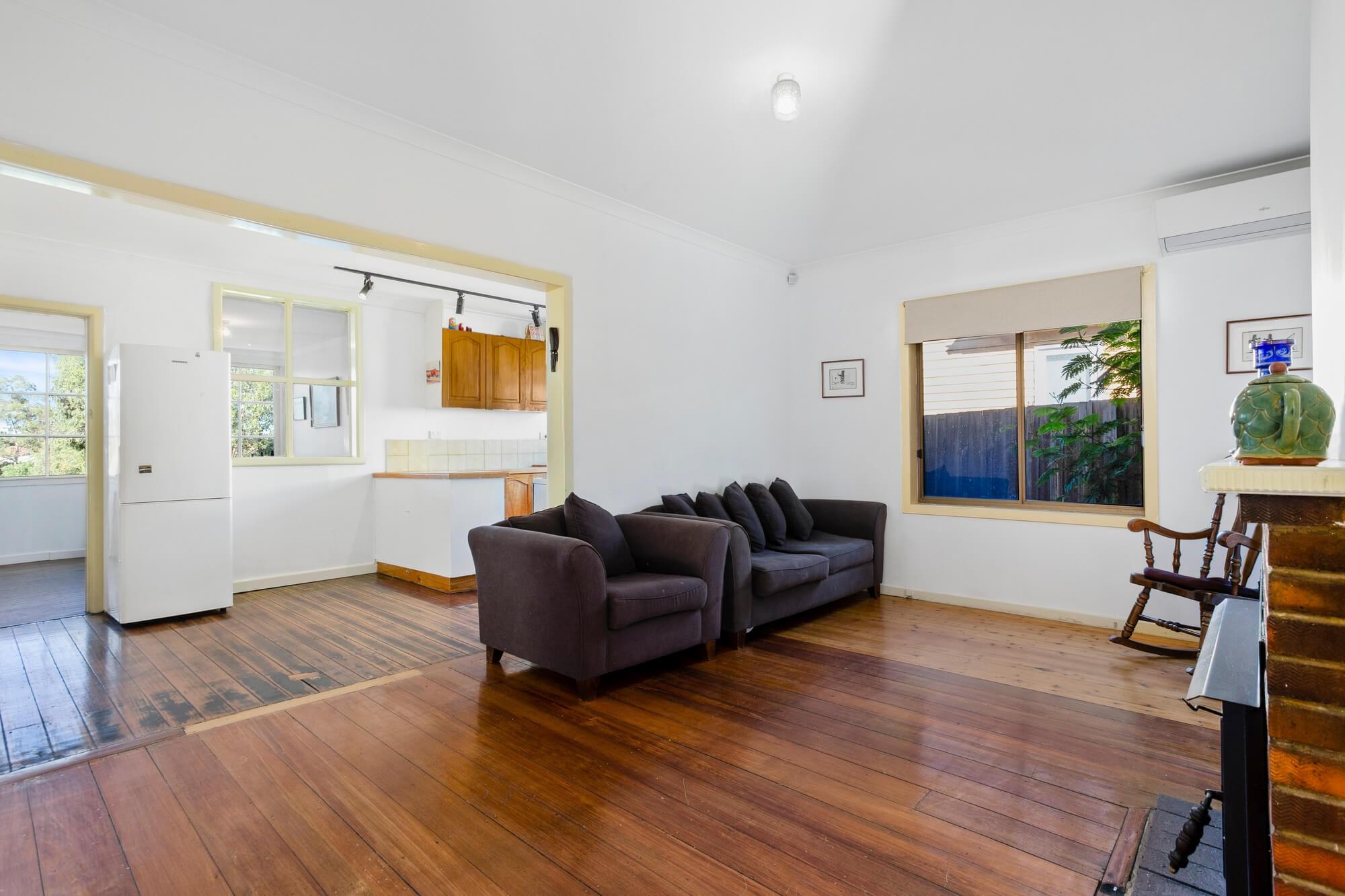 Property For Sold 19 Fraser Street Sunshine VIC 3020 4