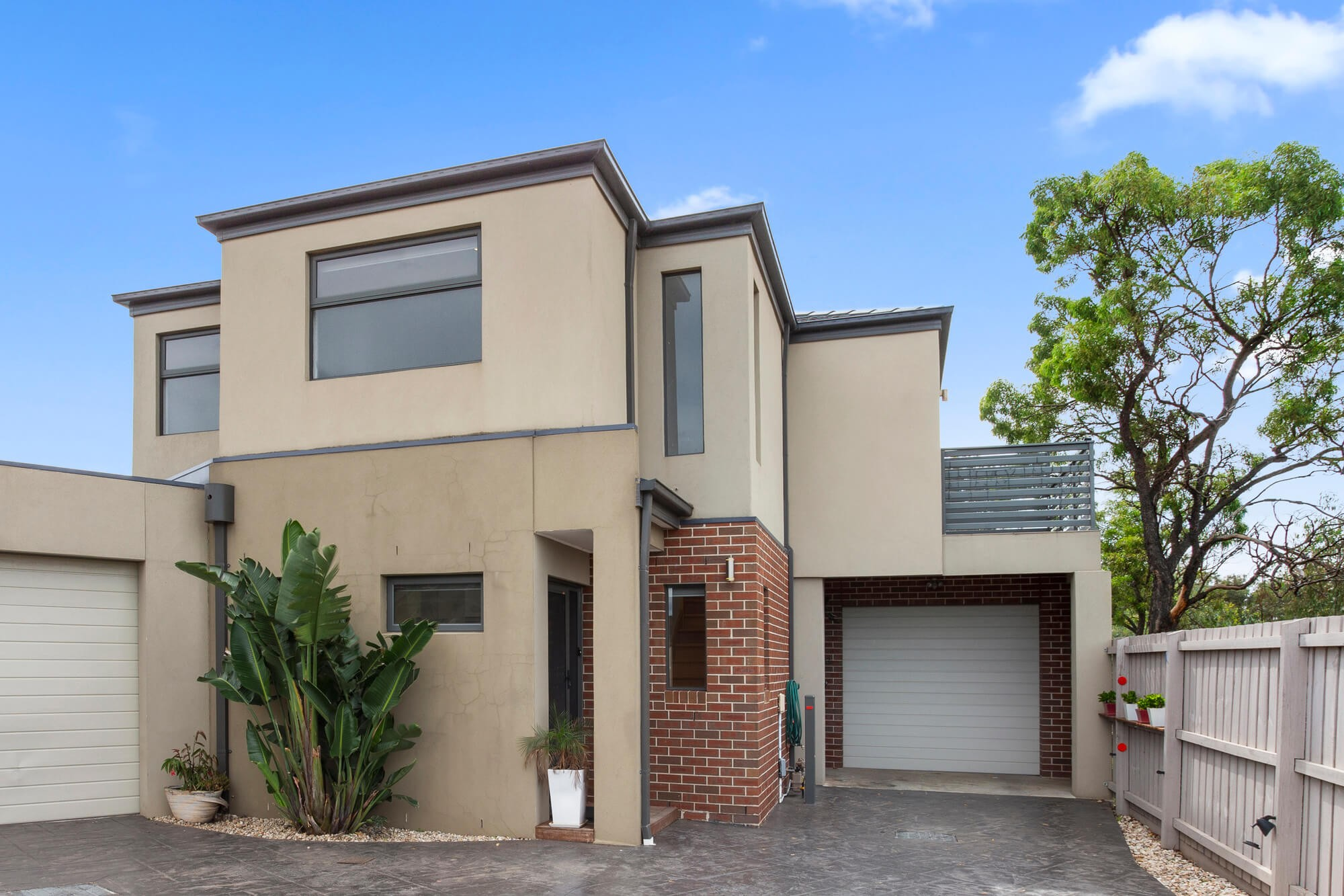 2/4 Kerry Court St Albans VIC 3021