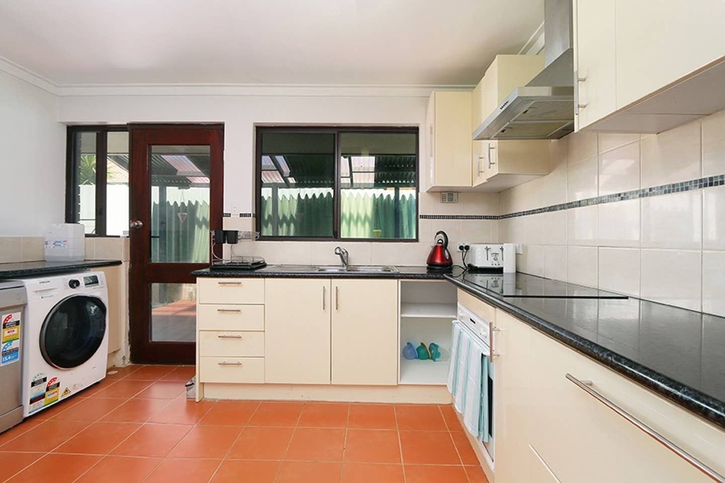 Property For Rent 2/15 Caledonian Avenue Maylands WA 6051 4