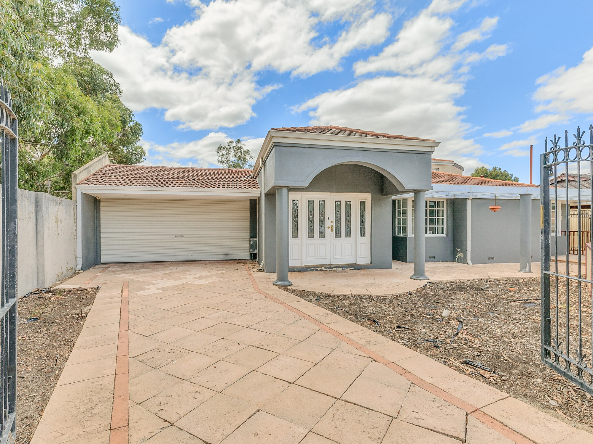 27A Waverley Way Parkwood WA 6147