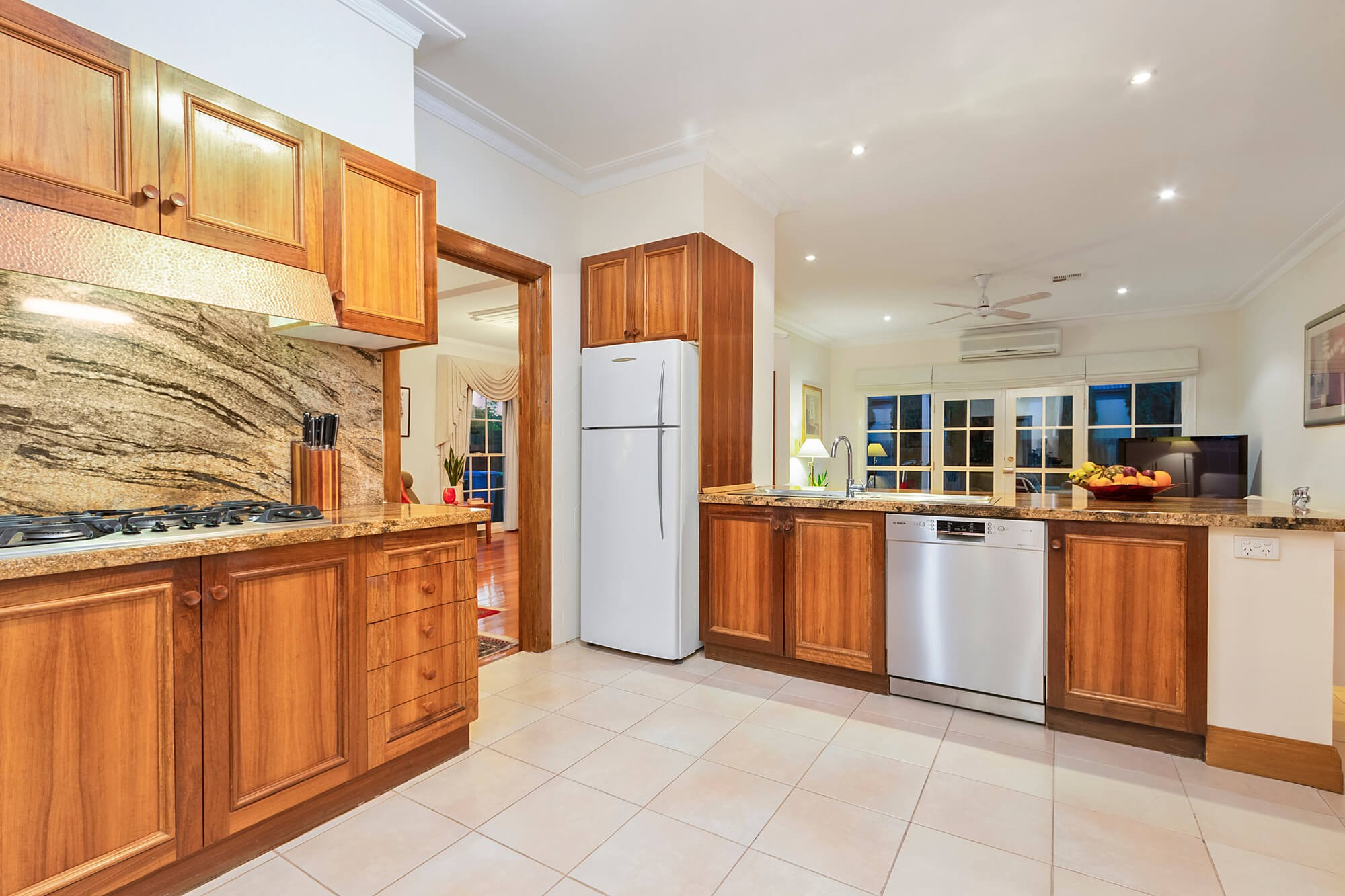 Property For Sold 14 Beltane Avenue Brighton East VIC 3187 7