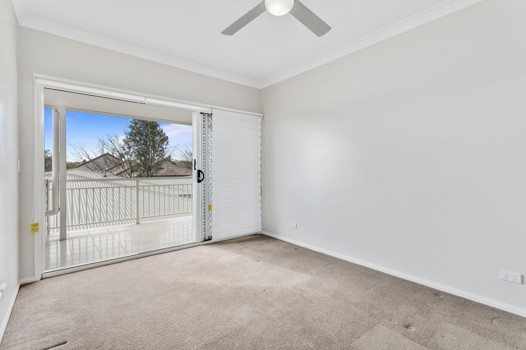 Property For Sale 1/19 Crown Street Rangeville QLD 4350 8
