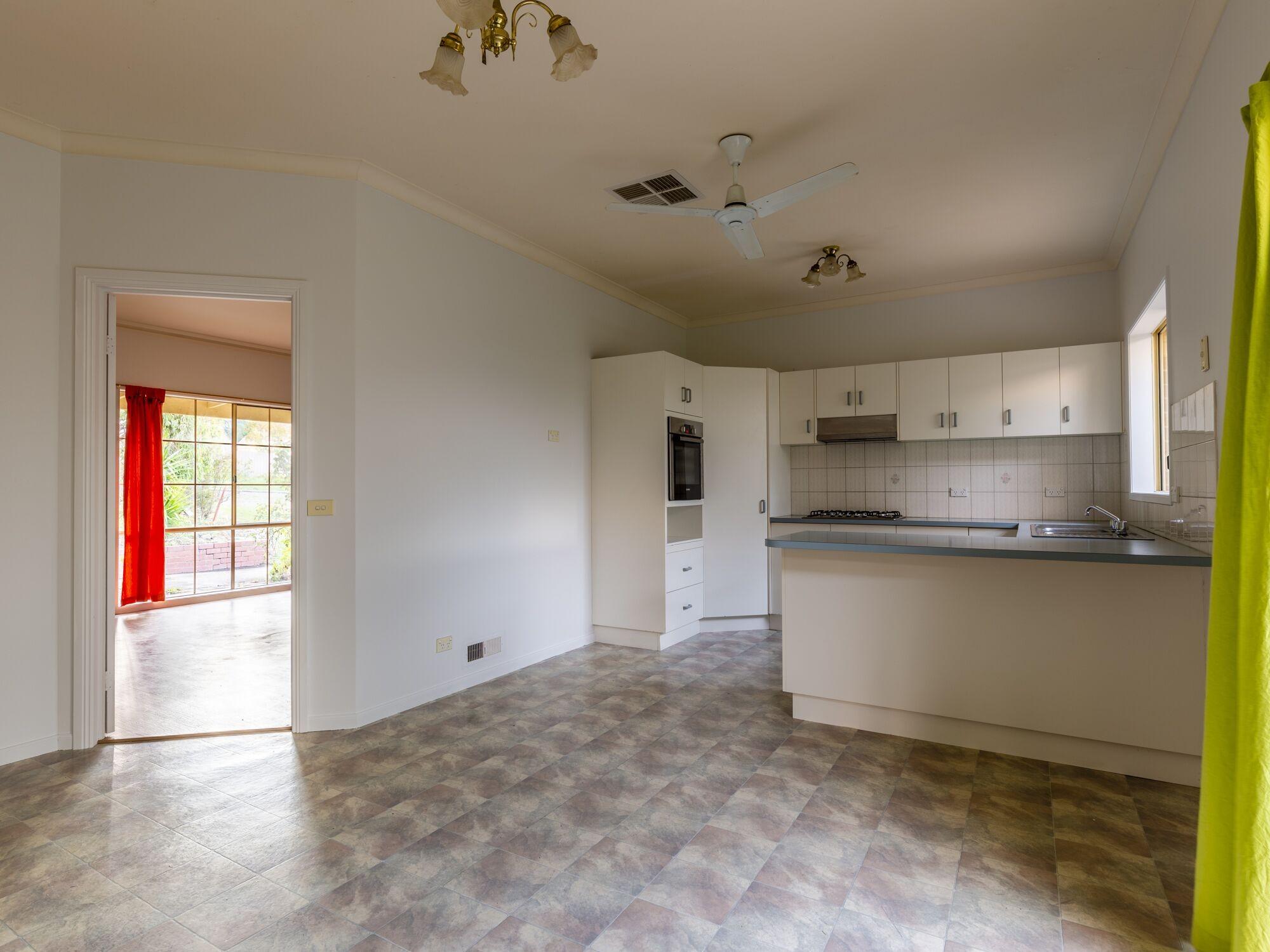 Property For Sold 28 Eureka Street Chewton VIC 3451 3