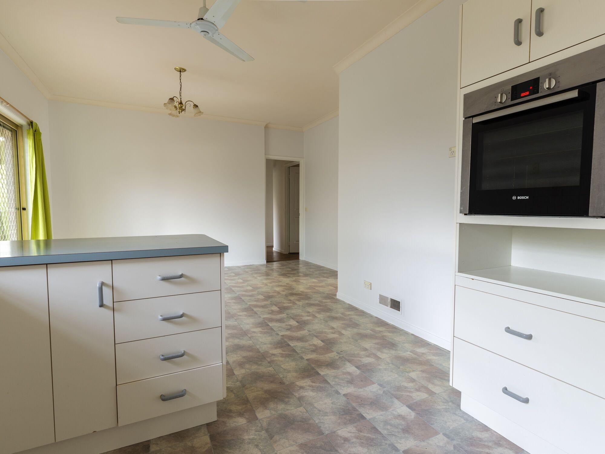 Property For Sold 28 Eureka Street Chewton VIC 3451 4