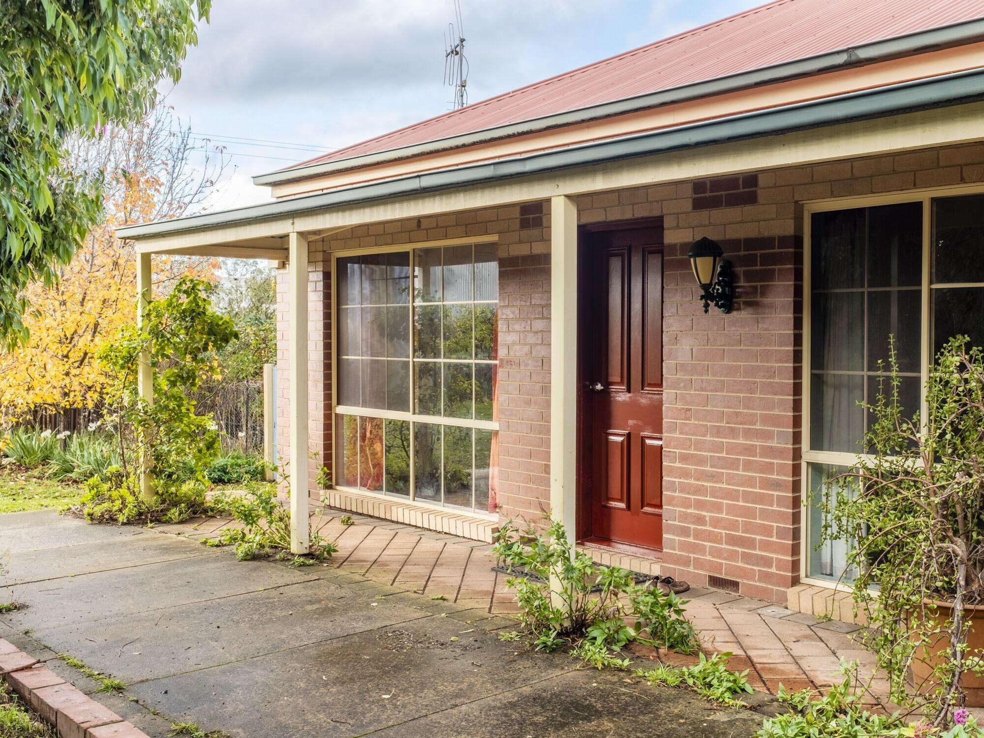 Property For Sale 28 Eureka Street Chewton VIC 3451 2