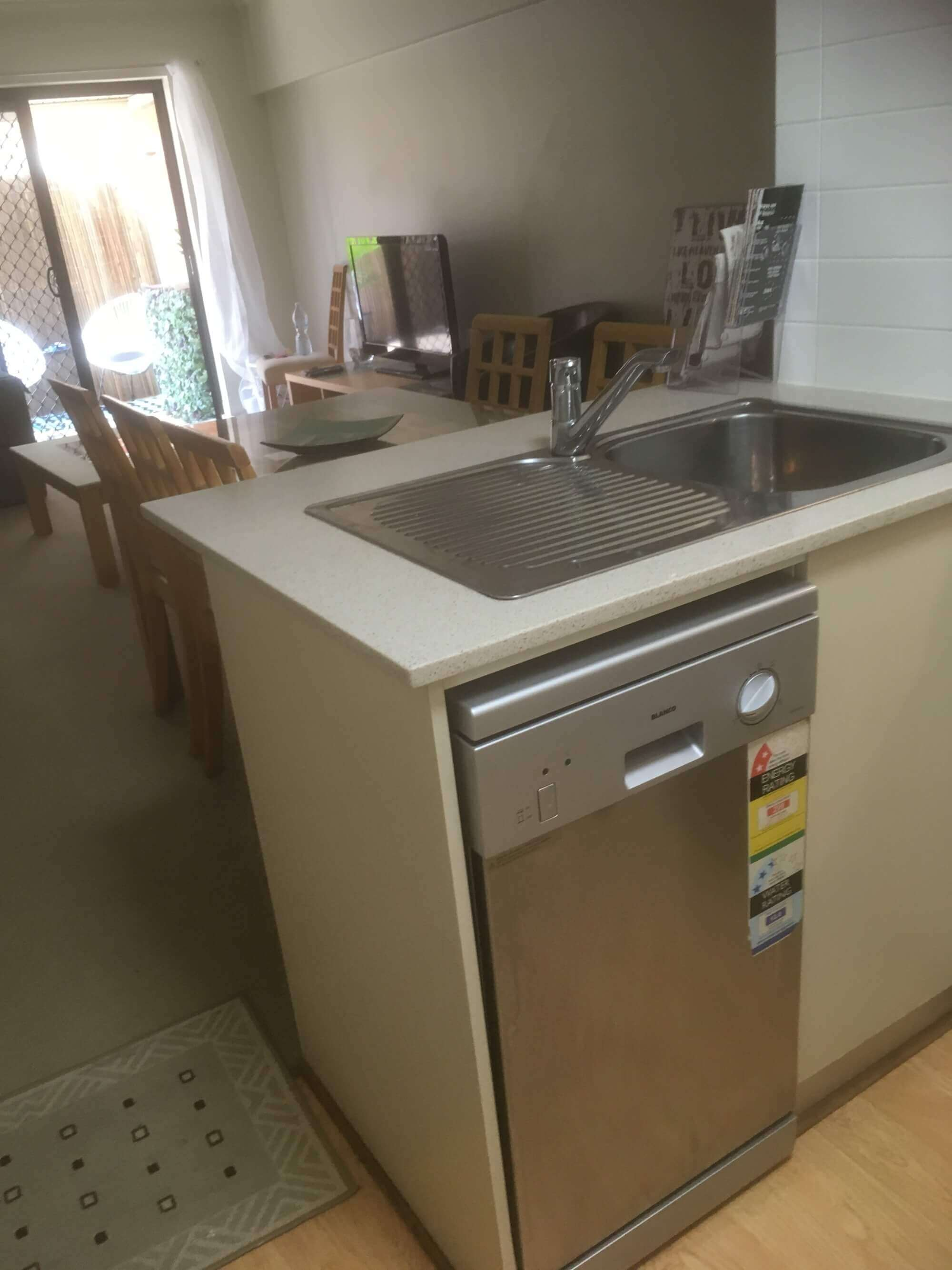 Property For Rent 2/18 Broadway Glenelg South SA 5045 9