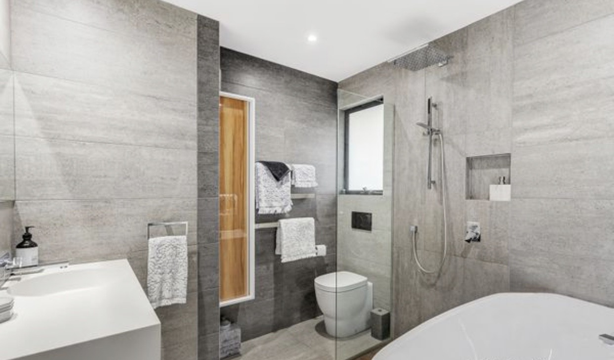 Property For Rent 2/25 Fisher Street Malvern East VIC 3145 1