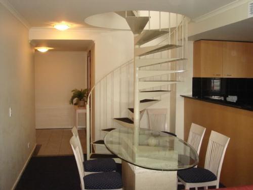 Property For Sale Melbourne 3000 VIC 2