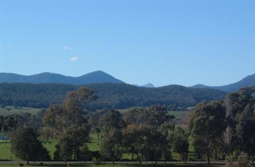 Property For Sale King Valley 3678 VIC 2