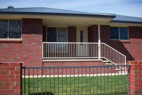Property For Sale 52 Winton Street Tumbarumba NSW 2653 2