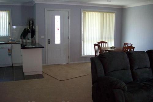 Property For Sale 52 Winton Street Tumbarumba NSW 2653 3