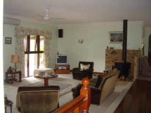 Property For Sale Kilcoy 4515 QLD 5