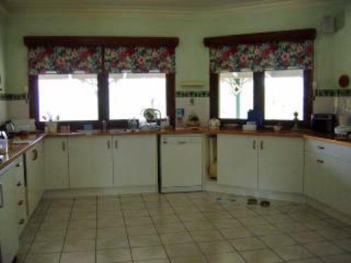 Property For Sale Kilcoy 4515 QLD 6
