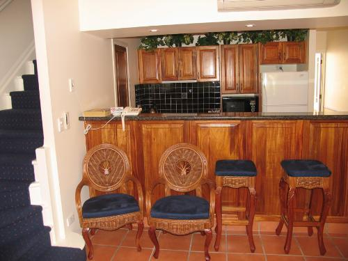 Property For Sale Lake Tinaroo 4872 QLD 4