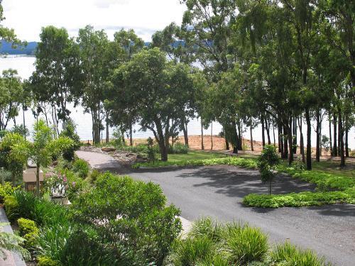 Property For Sale Lake Tinaroo 4872 QLD 9