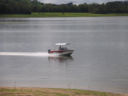 Property For Sale Lake Tinaroo 4872 QLD 11