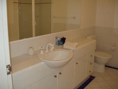 Property For Sale Mermaid Beach 4218 QLD 10
