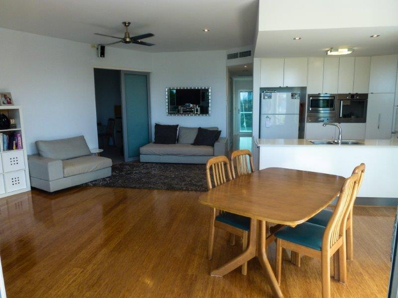 Property For Sold 3/10 Oatland Esplanade Runaway Bay QLD 4216 3