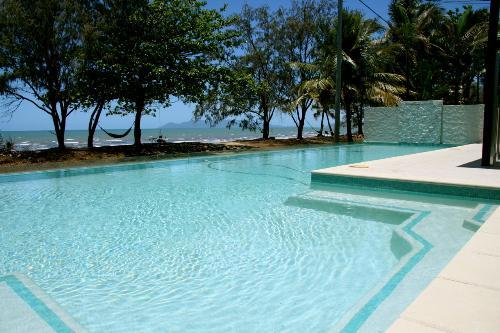 Property For Sale Saunders Beach 4818 QLD 1