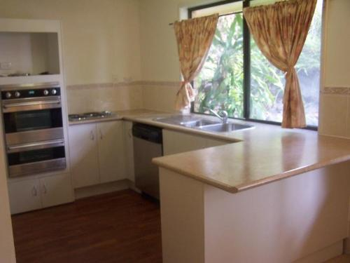 Property For Sale Holmview 4207 QLD 2