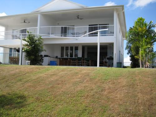 Property For Sale Cardwell 4849 QLD 10