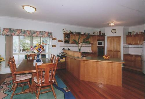 Property For Sale Maleny 4552 QLD 3