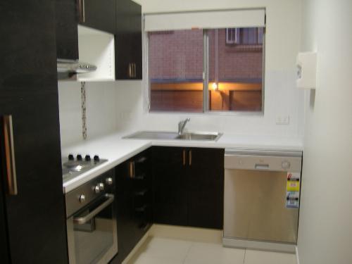 Property For Sale Taringa 4068 QLD 2