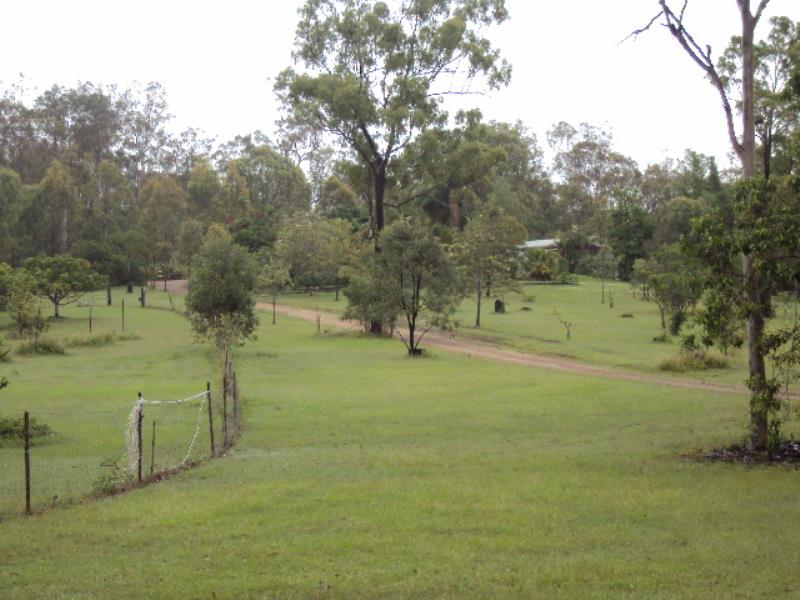 Property For Sold 486 Cross Road Euleilah QLD 4674 3