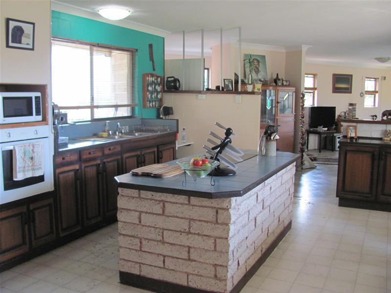 Property For Sold 486 Cross Road Euleilah QLD 4674 7